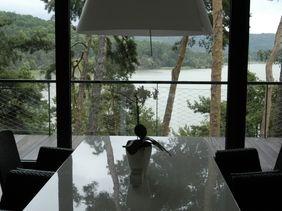 Villa by the lake - lighting