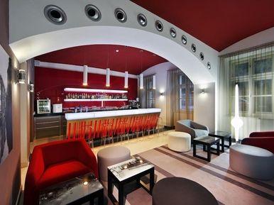Hotel Red & Blue Prague