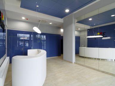 3nity office Bratislava - reception, corian tiles