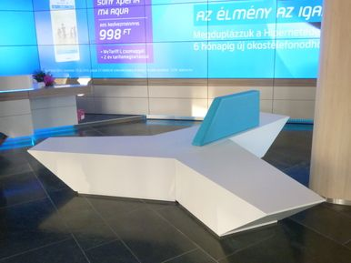 Telenor Hungary - PAUSE bench